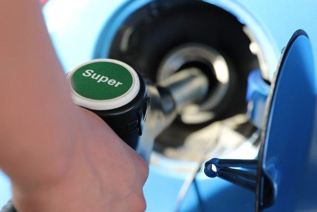 В стране с самым доступным бензином запланирован резкий скачок стоимости топлива