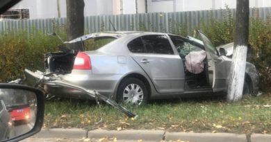 В Казани 20-летний водитель Skoda погиб в ДТП с военным «Камазом»