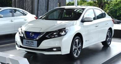 В Китае начались продажи Nissan Sentra с начинкой от старого Leaf