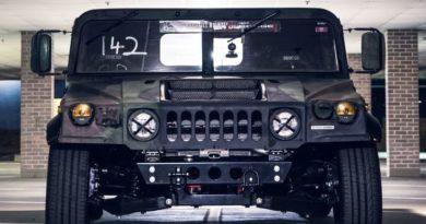 Американцы построили заниженный Hummer H1 для трека