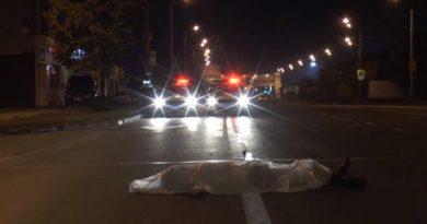 ГИБДД Казани ищет свидетелей, как женщина насмерть сбила бомжа и уехала