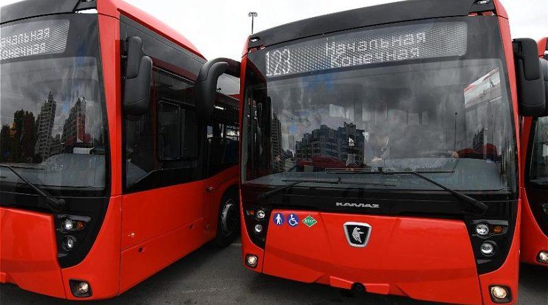 В Казани сегодня на маршруты вышли автобусы, которым не нужен бензин