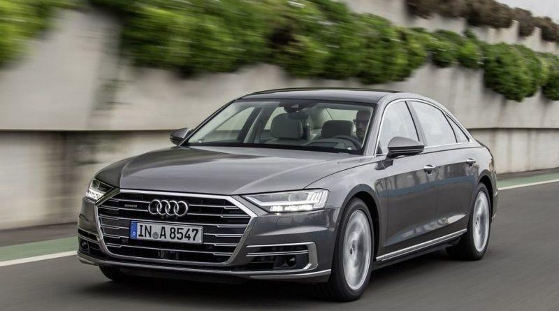 В России появилась 460-сильная версия Audi A8: от 7,61 млн рублей