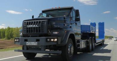 «Группа ГАЗ» начала производство дорожных версий «Урала Next» с колесной формулой 6x4
