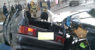 На улице Голубятникова водитель «Лады» выжил в ДТП, где авто осталось без крыши