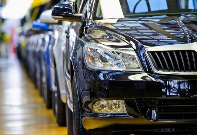 Стоит ли торопиться с покупкой вновь подорожавших авто