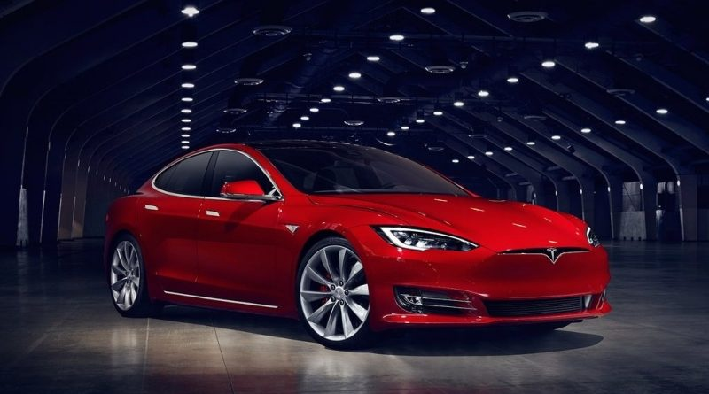 Tesla снимает с производства базовые модификации Model S и Model X