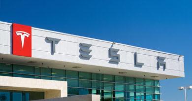 Для контроля над Маском в совет директоров Tesla ввели независимых директоров