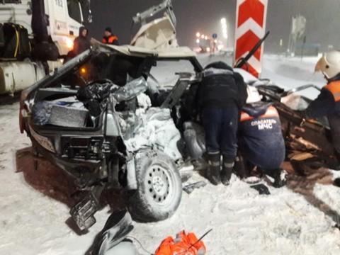 Под Казанью в ДТП с «Камазом» погибли четыре студентки