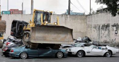 В Казани уничтожают «серые» автомобили Volkswagen (ВИДЕО)