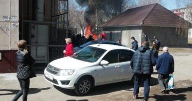 В Нижнекамске сняли на видео взрыв автомобиля