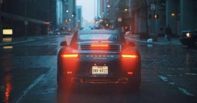 Porsche и Mercedes-Benz – самые дорогие автомобили для страховщиков