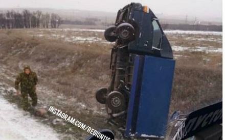 «Вин Дизель смог и я смогу»: на трассе в РТ грузовик встал на дыбы