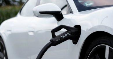 В России метановых заправок меньше, чем электрических станций зарядки авто