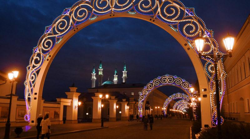 В конкурсе «Новогодняя Казань» на лучшее праздничное оформление участвуют 50 объектов туризма
