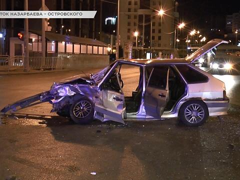 В центре Казани произошло серьезное ДТП: есть пострадавшие