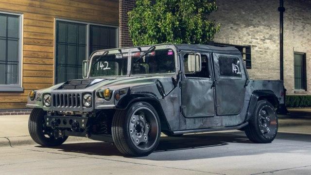Инженеры из США выпустили трековую версию Hummer H1