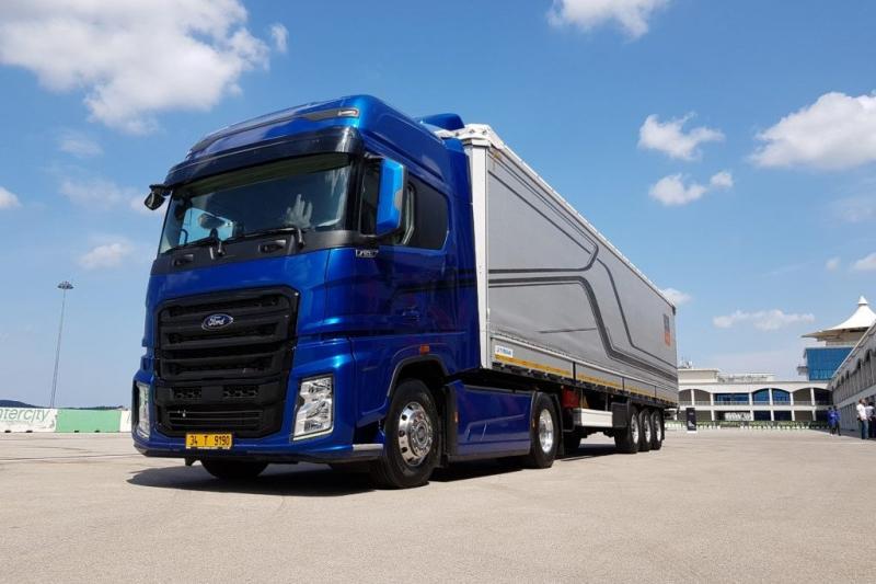 Новый тягач Ford турецкого производства завоевал звание грузовика года