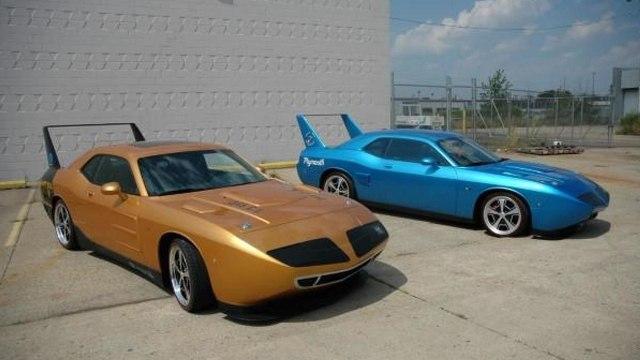 Американец решил продать два раритетных Plymouth Superbird. Сколько он может выручить за сделку?
