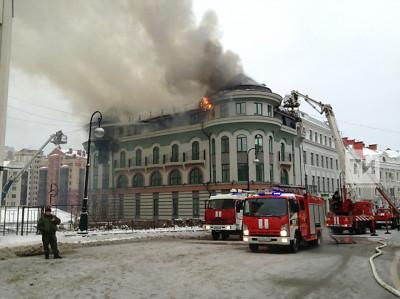 Пожар в Казани на Университетской мог начаться из-за неисправной антиобледенительной системы