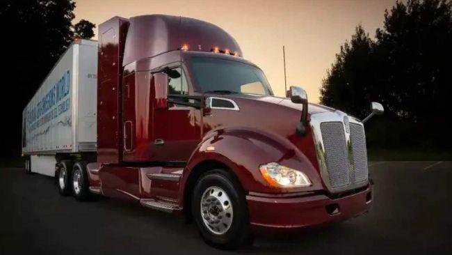 Компания Toyota вместе с Kenworth создали тягач с водородным двигателе
