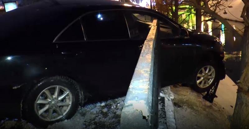 В Казани Toyota повисла над Булаком