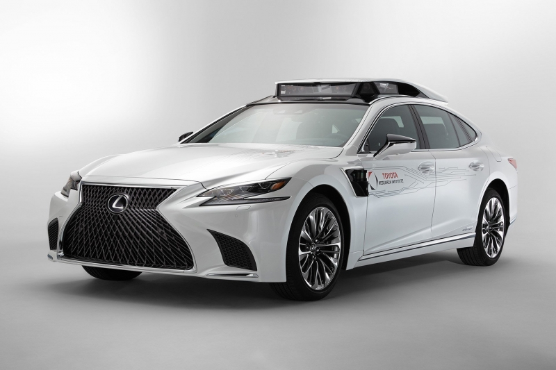 Новый прототип с автопилотом Toyota построила на базе Lexus LS