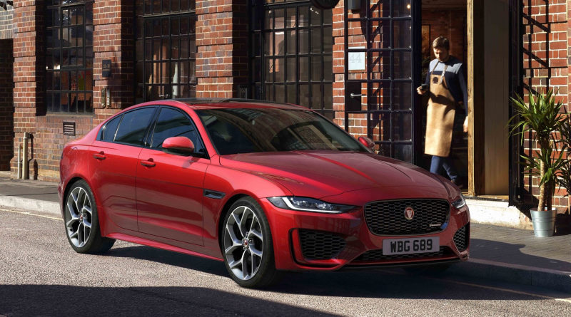 Jaguar XE 2020 модельного года стал агрессивнее, но потерял V6
