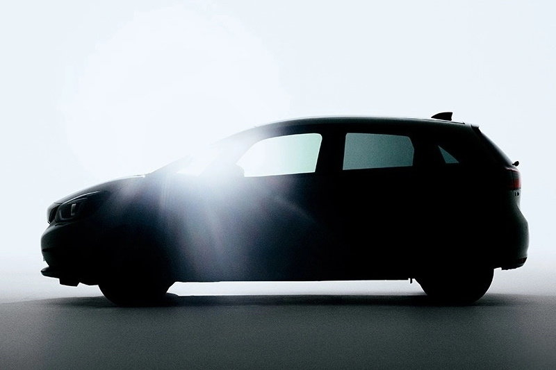 Honda опубликовала последний тизер нового Fit