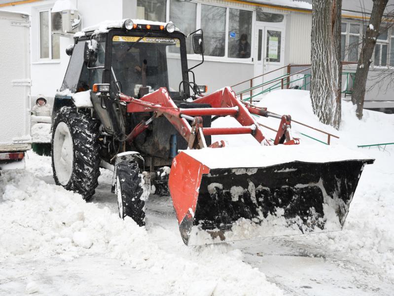 Почти 4,4 тыс. тонн снега вывезли за минувшие сутки с улиц Казани