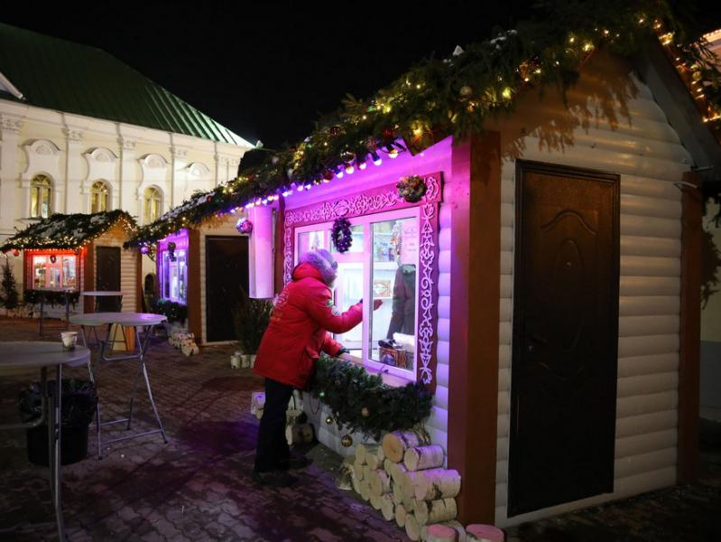 Гости казанского фестиваля «КышДаКар-фест» съели 5 тысяч эчпочмаков и выпили 2 тысячи чашек татарского чая
