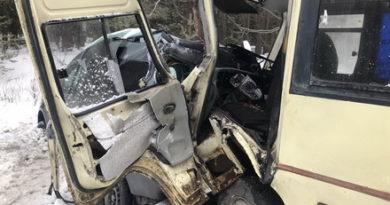 Автобус с пассажирами из Казани попал в ДТП в Марий Эл