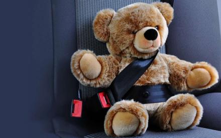В Казани пьяный водитель протаранил два автомобиля, пострадал трехлетний ребенок
