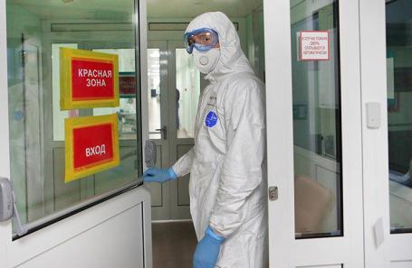 «Заболеваемость подскочила»: в России выявили 7933 новых случая коронавируса