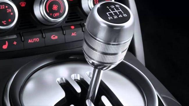 Кому стоит приобретать автомобиль на «механике»?