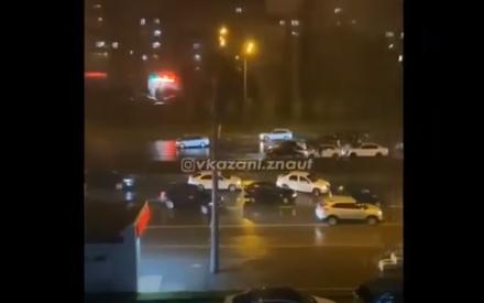 «Погода сыграла свою роль»: в Казани на Ямашева столкнулись не менее шести машин