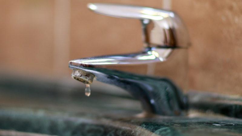 В домах поселков Советского района на время отключат воду