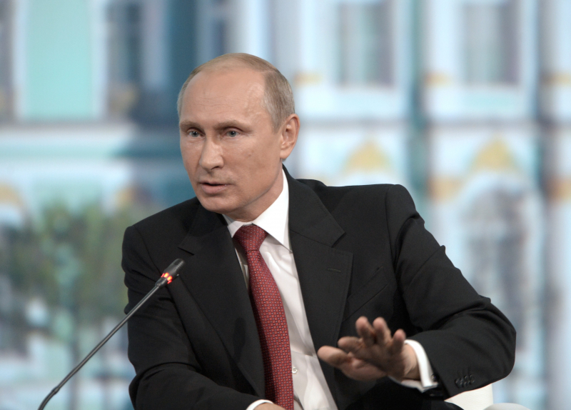 КАМАЗ-мастер: Владимир Путин поздравил КАМАЗ с 45-летней годовщиной выпуска первого автомобиля