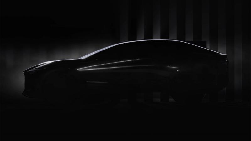 Lexus опубликовал изображения абсолютно нового кросс-купе. Что ожидать от японской модели?
