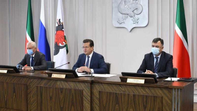 Мэр Казани предложил создать ресурсный центр для молодежных инициатив