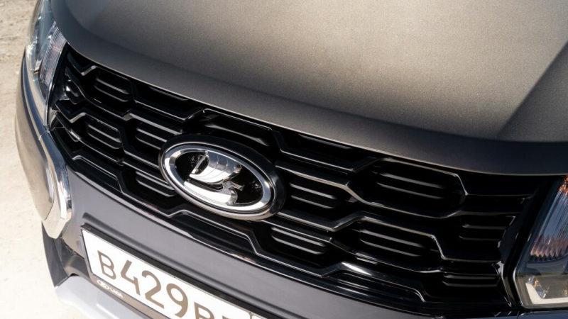 «АвтоВАЗ» вновь повысил цены на весь модельный ряд. Озвученная причина – отсутствие господдержки