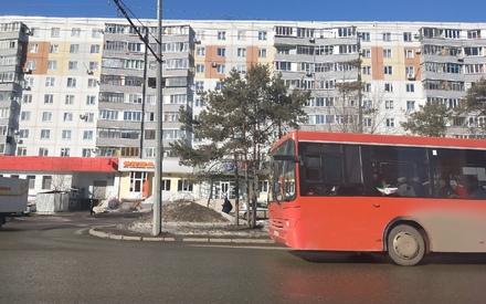 Водитель автобуса в Казани сбил молодого человека, который переходил дорогу