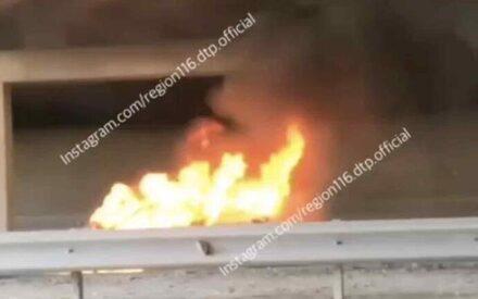 На Мамадышском тракте в Казани вспыхнул автомобиль после ДТП с автобусом