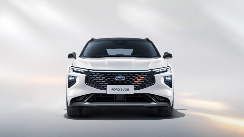 Новый Ford Mondeo Evos 2022 показали на неофициальных рендерах