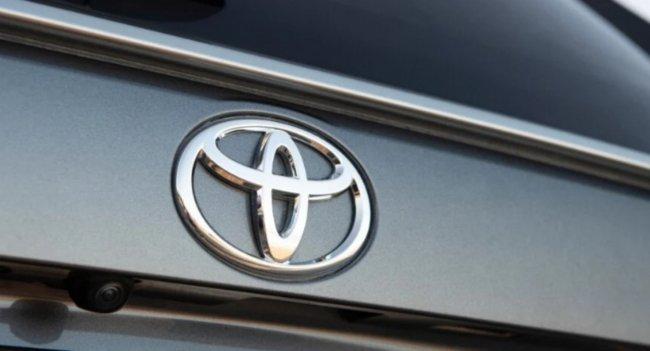 Toyota готовит электрокар HYRYDER за 950 000 рублей