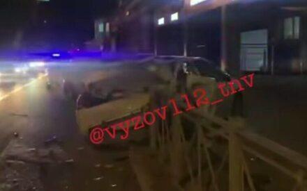 Трое пострадали в аварии в центре Казани