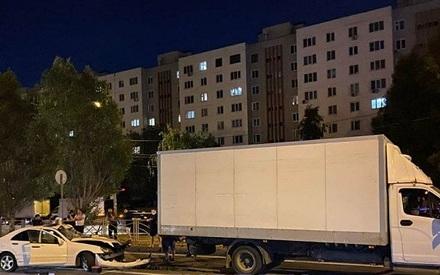 В ночном ДТП в Казани погиб 28-летний водитель «Мерседес»