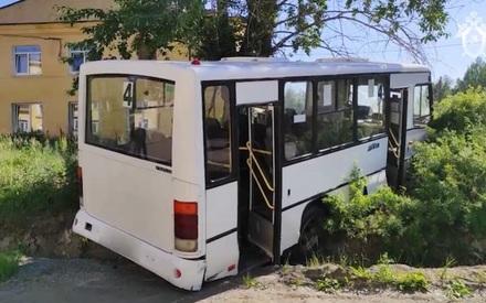 В страшном ДТП с автобусом погибли шесть человек, еще 15 пострадали
