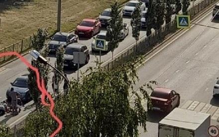 Водитель «КИА» в Казани сбил женщину с двумя детьми, которая переходила дорогу по «зебре»