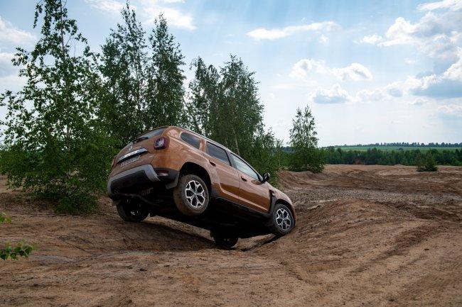 Заводной турбопроходчик вовсе не «Лайт». Тест-драйв Renault Duster 1,3 CVT 4×4